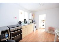 Stunning 1 bedroom with private garden!!!
