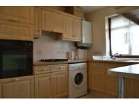 2 bed flat in Wembley 5 mins walk to Piccadilly line!!