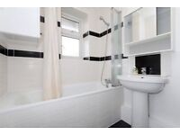 A bright and spacious newly refurbished two double bedroom split level maisonette in N16