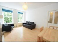 Spacious three bed near Stockwell