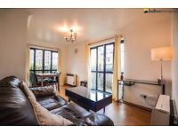 A lovely one bedroom apartment with access to gym, swimming pool, 24hr concierge