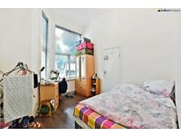 SPACIOUS TWO BEDROOM APARTMENT BETWEEN KENSINGTON AND BARONS COURT. CALL NOW!