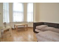 BEAUTIFUL 2 BEDROOM, 2 BATHROOM APARTMENT ON DURNSFORD ROAD! AVAILABLE NOW!