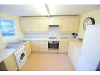 Immaculate 3 Double Bedroom Flat in Heart of Clapham Junction