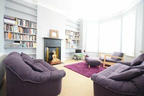 Beautiful one bedroom property with a good sized double bedroom and a study!