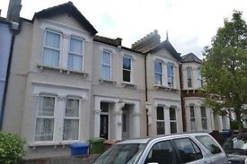 **Stunning** Completely redecorated four bedroom Flat in Peckham, perfect for Sharers, Call now!