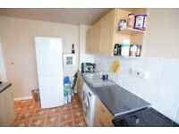 Three bedroom property near Stockwell station