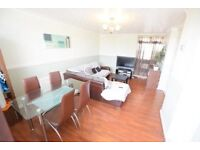 3 BED PROPERTY SHORT WALK TO ELEPHANT AND CASTLE WITH GREAT LINKS INTO THE CITY
