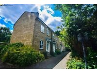 Lovely Split Level Terraced Cottage located in Private Gated Mews. Private Garden and Parking.