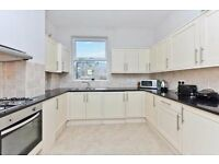 Beautiful 3 bedroom property - Close to Clapham Junction Station - Available in July!!!