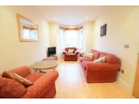 LOVELY 5 BED 2 BATH PROPERTY IN SE1