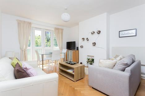 NEWLY REFURBISHED 1 BED FLAT ON SEVEN SISTERS ROAD MOMENTS FROM FINSBURY PARK STATION ONLY 1425PCM