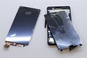 Sony Xperia cracked screen repairs on the spot from $149 Eagle Farm Brisbane North East Preview