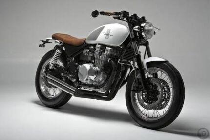 Kawasaki zephyr cafe racer custom