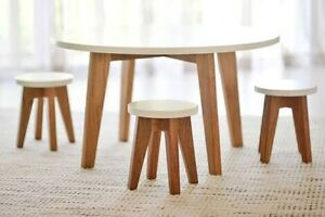 3 month old Matt Blatt Table exceptional build quality South Yarra Stonnington Area Preview