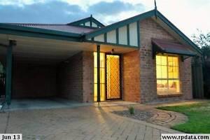 QUIET COURTYARD - WOODCROFT Woodcroft Morphett Vale Area Preview