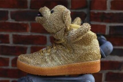 Jeremy Scott Gold Bear Adidas Size 10 US