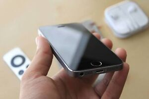 iPhone 5s 16gb Brahma Lodge Salisbury Area Preview