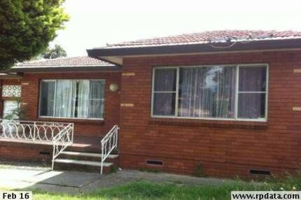 MOUNT DRUITT - House for rent 3 bedroom.