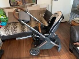 Oyster 2 pram and travel system