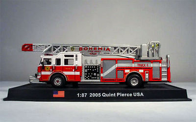 Fire Truck - Quint Pierce - USA  2005 - 1/87 (No3)