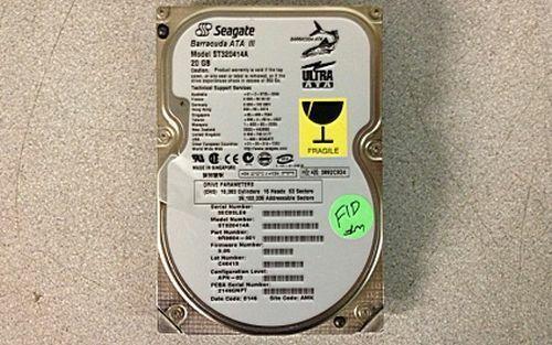 Seagate ST320414A Barracuda ATA III 40-Pin IDE Hard Drive HDD 20GB