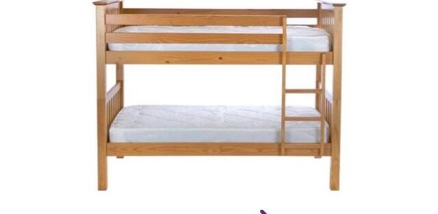 Children's pine bunk beds
