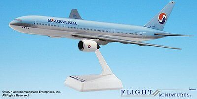Flight Miniatures Korean Air Boeing 777 200 1 200 Scale Model With Stand
