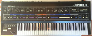 ROLAND JUPITER 6 SUPERB CONDTION SYNTHESIZER