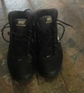 New Price! Nike Women's Basketball Shoes Kawartha Lakes Peterborough Area image 2