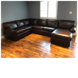 ALL LEATHER SECTIONAL SOFA