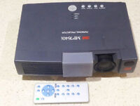 3M LCD Video Projector - like NEW