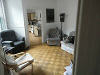 Amazing huge 8 1/2, 4 bdrs, latin quarter, downtown, 1 month fre