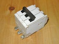 COMMANDER 40 AMP 3 POLE CIRCUIT BREAKER (CEB QBH340) ~ RARE!