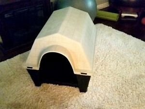 Two Piece Doghouse