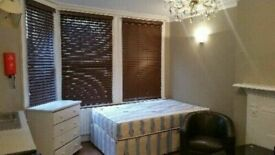 Large Double Studio flat to Rent in West Kensington