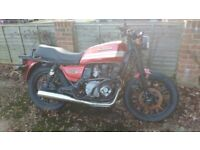 Kawasaki GT550 FREE to collect! Accident damaged. Many re-useable parts.