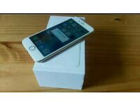 Apple I phone 6 GOLD 16 gig factory unlocked excellent condition in box still under warranty
