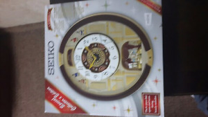 Seiko special edition turning letters clock