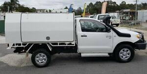 2006 Toyota Hilux KUN26R SR (4x4) 5 Speed Manual Cab Chassis Varsity Lakes Gold Coast South Preview