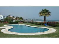 From line beach, 2 bedroom 2 bathroom. 20 mins from Malaga/ 30 mins Gibraltar