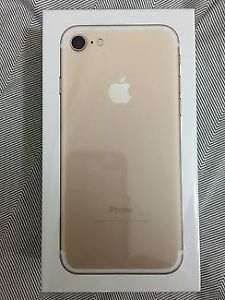 Gold iPhone 7 32Gb. Mint.Unlocked,Trade.Price is firm