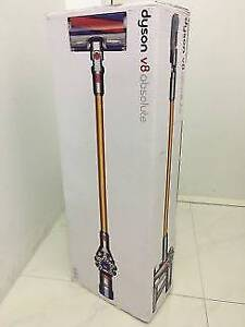 BRAND NEW - DYSON V8 ABSOLUTE - handstick vacuum with receipt