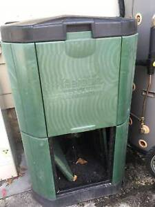 Aerobin 400 compost bin system  no turning Beachmere Caboolture Area Preview