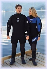 Ladies - Oceaner 'Polar' Neoprene Dry Suit - Size 10-12 with Boots 5 / 5.5 RRP - $1500