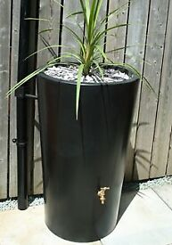 Fab brand new 180 litre water butt with planter (paid £166)