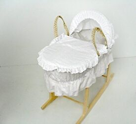 Moses basket with Rocker stand in perfect condition