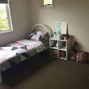 Available Now - Rooms in a Great Big Houseshare Craigieburn Hume Area Preview
