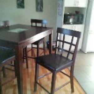 Salle manger cuisine dans longueuil rive sud meubles for Kijiji longueuil meuble