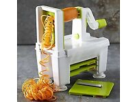 Kitchen Gadgets Set including Lakeland Spiralizer, Breville Smoothie Maker and Mandoline slicer